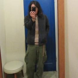 モデル:「ちょっと髪が邪魔かな?。」の、 店主 172cm,57kg/着用サイズ:S