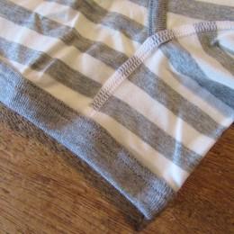 フラットシーマで縫製しているので履き心地も良いですよ。