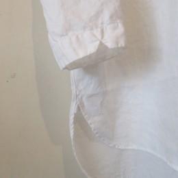 袖は3/4丈になります。(6、7分丈といったところでしょうか・・?。)