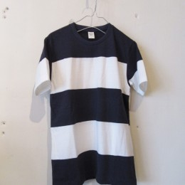 4seam Boder T-Shirt (Navy x off White)