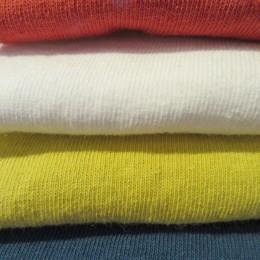(うえから)Vermilion,White,Dull Yellow,Steel Blue になります。