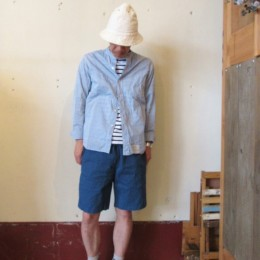 モデル:働くひと(?)の、店主 172cm,57kg/着用サイズ:c1 (・・ちなみに上に着た「Workers Stand Shirt」も。)