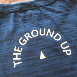 「THE GROUND UP(地面)」の意味だそうですよ。