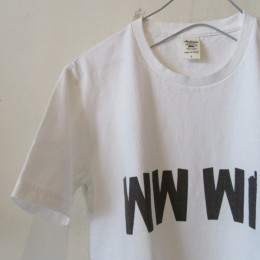ボディには定番の「ポケットTシャツ」と同素材のアメリカンコットンが使われています。
