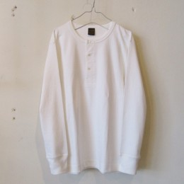 Henly Neck L/Sleeve Tube T-Shirt (WHITE)