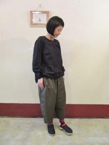 モデル:キミコさん 158cm/OLV着用