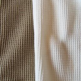 (ひだりから)Dark Beige, White になります。