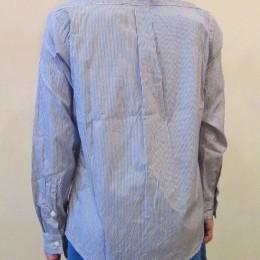スモールカラーシャツ(うしろ)