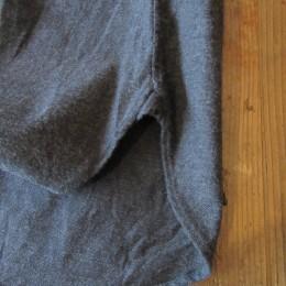 裾はこんな感じです。