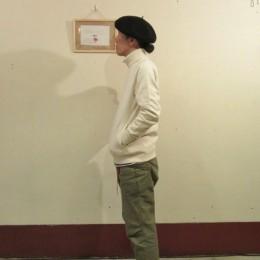 モデル:藤子・R・店主(?) 172cm,57kg/着用サイズ:S(NATURAL着用)