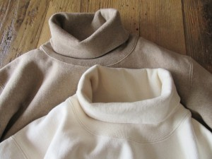 26/2 BD Turtle Neck Sweat