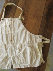 GRIZZLY apron (wash White)