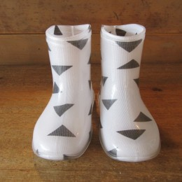 GEOMETRY RAINBOOTS (TRIANGLE)