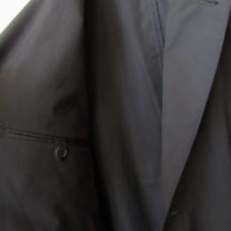 内ポケットも(左右に)付いてますよ。