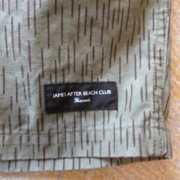 裾にはハワイのお店「JAMES AFTER BEACH CLUB」のロゴが入ってますよ。