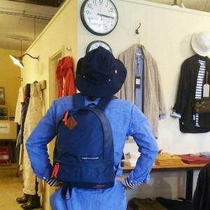 【大きさ比較】モデル:15:15(?)の、店主 172cm,57kg/ NAVY着用
