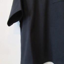 袖や裾はこんな感じです。(身幅もあるので5分袖位になりますよ。)