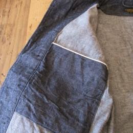 中にもセルビッチの大きな内ポケットが1つ付いてますよ。