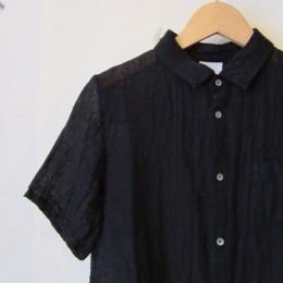 ほんのりと透け感のある「ブラック」もまたいい感じですね。