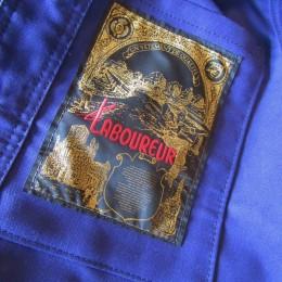 あと、内ポケットもひとつ(豪華な刺繍のネーム付で!)付いてますよ。