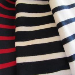 (ひだりから)navy x red, navy x white, white x navy になります。