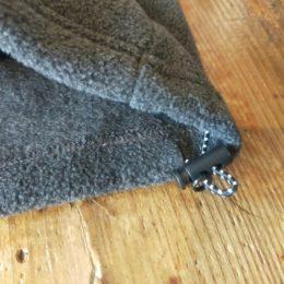 裾の部分はドローコードで調節もできますよ。