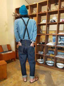 ひっさしぶりに「5ポケット」のデニムを履きたくなりましたっ!。